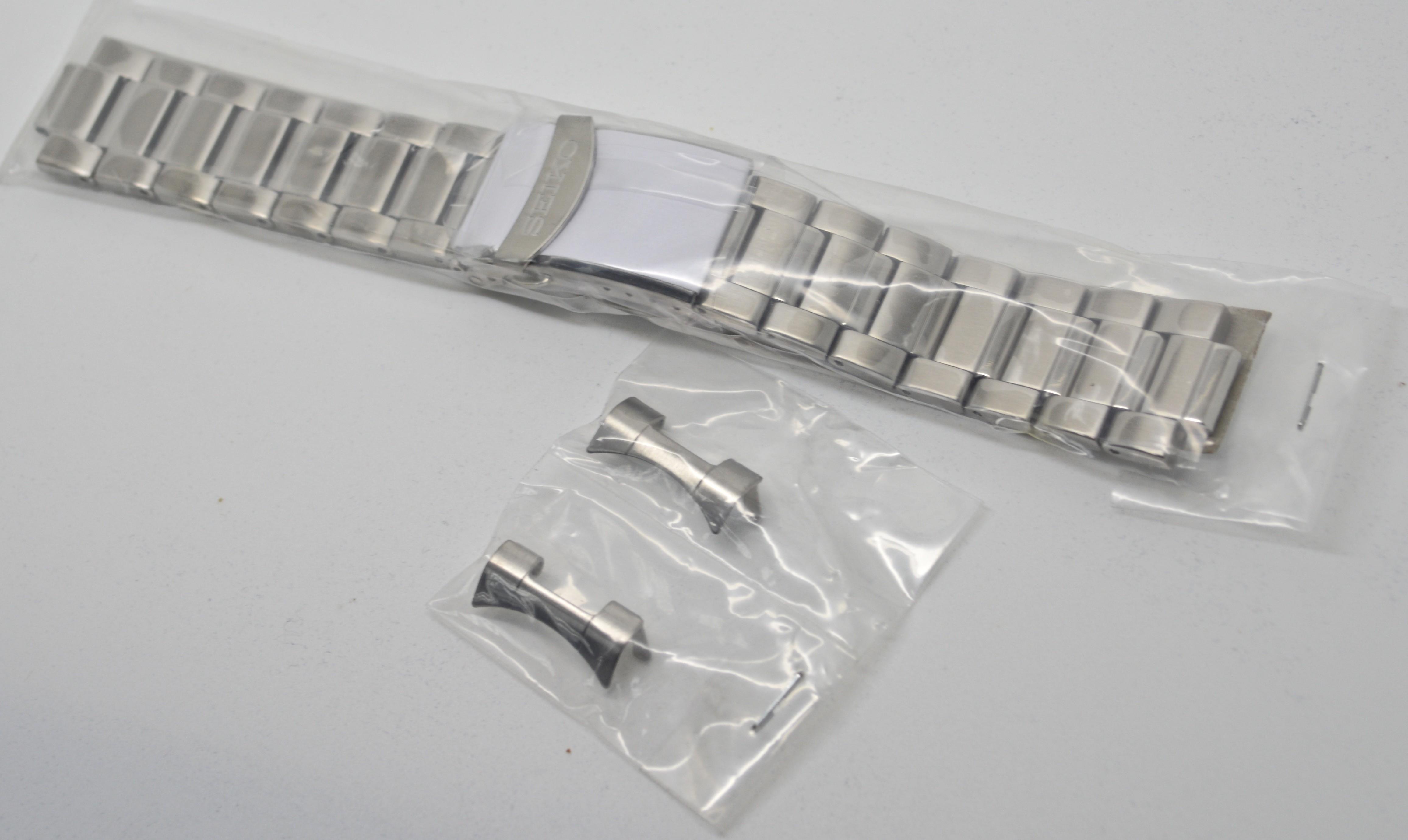 Seiko SNZH60 Seiko Automatic Diver Gold Black Dial Glassback